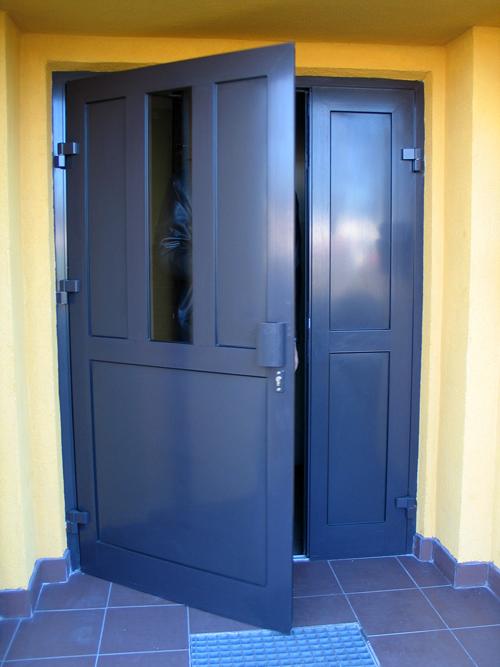 Drzwi wejściowe aluminiowe - Wspólnota mieszkaniowa